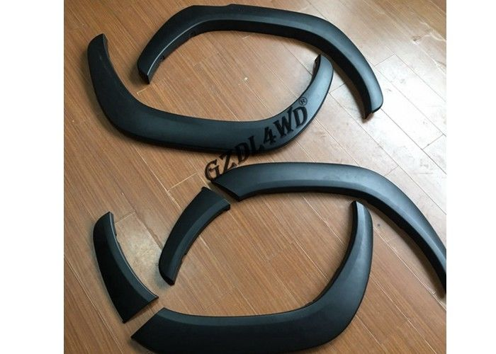 China Original Style Black Fender Flares For Hilux Revo Rocco SR5 2018 Wheel Fender Trims factory