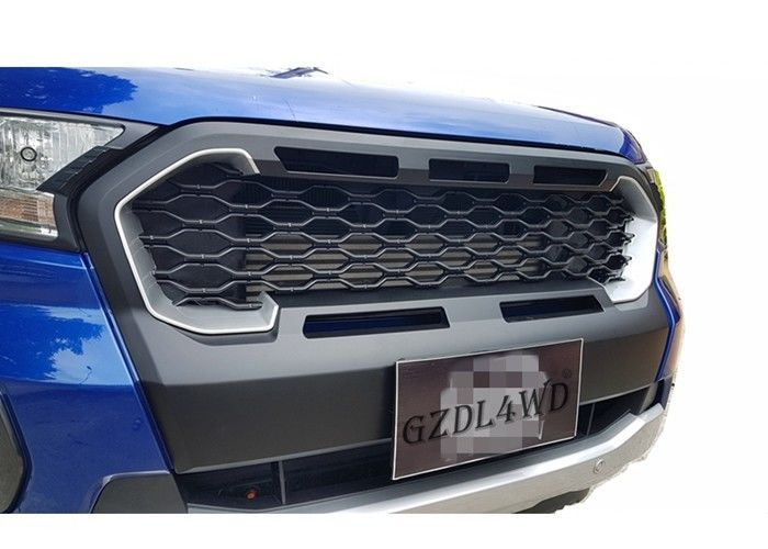 China Simple Front Grill Mesh / 2019 Ranger Wildtrak MK3 Matte Black Grille With Silver Red Plastic Insert factory