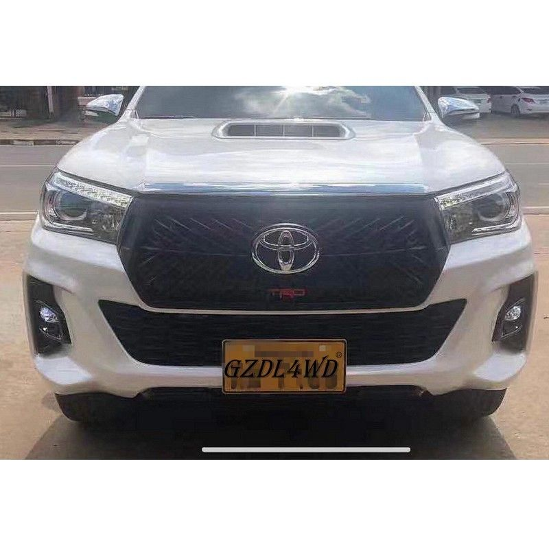 China Netrual Packing TRD Front Grille For Toyota Hilux Revo Rocco 2018 2019 Rocco Grill factory