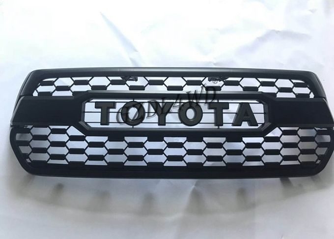 Hilux 2018 Grille TRD Style Front Grill Guard With Fog Lights Cover For Toyota Rocco